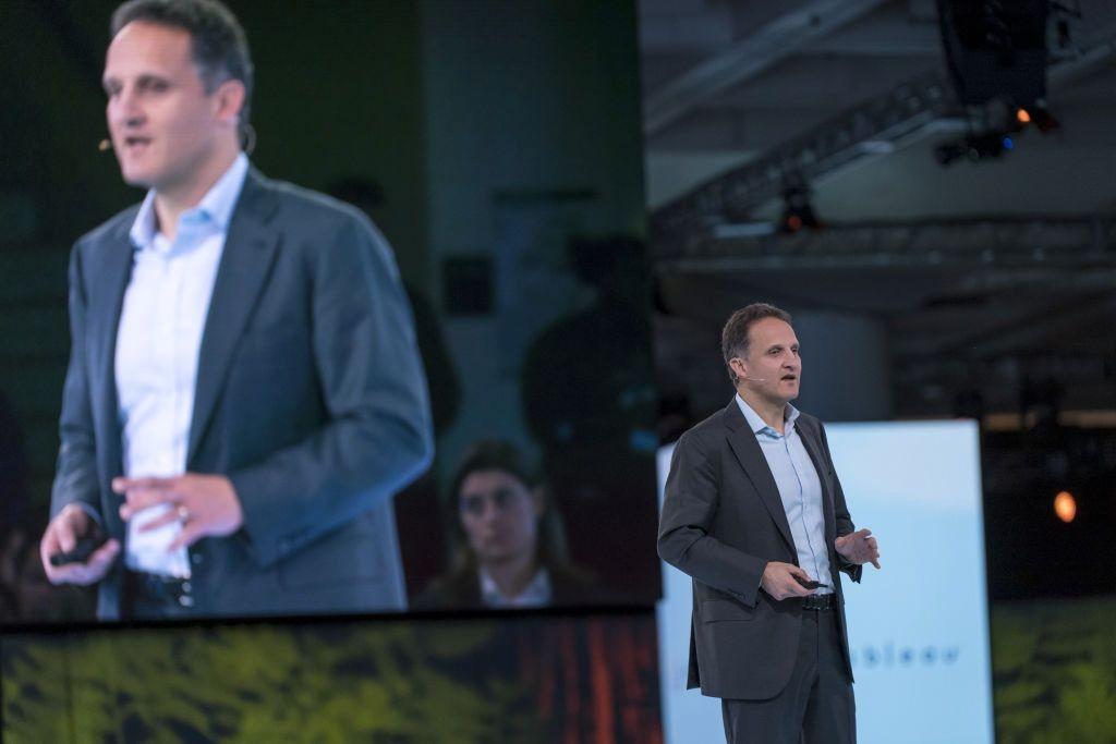 Adam Selipsky CEO Baru AWS
